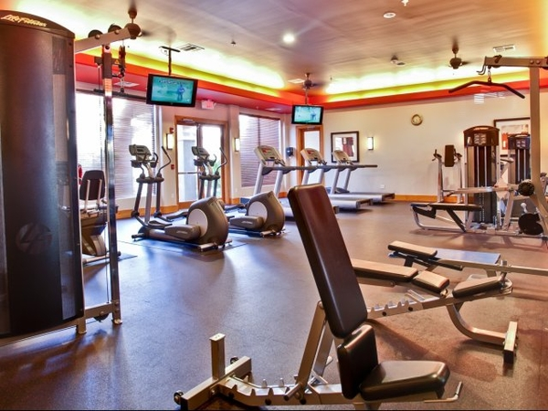 fitness center at Broadstone Towne Center Apartments