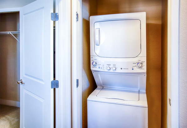 laundry room at RockVue Apartments