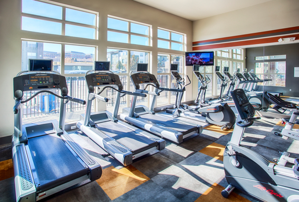 fitness center at RockVue Apartments