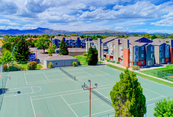 sport court at The Hamptons Apartments