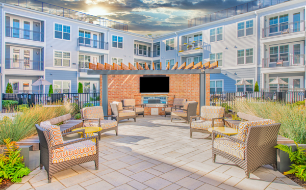 courtyard at Overture Centennial Apartments