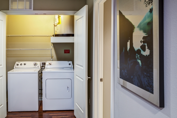 laundry room at Coldwater Luxury Apartments