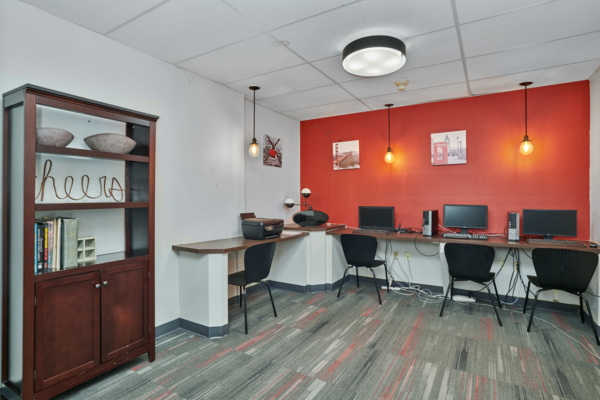 business center at Novi at Lowry Apartments