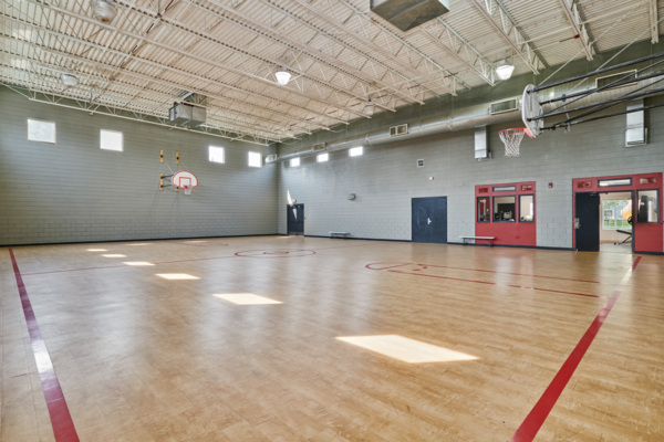 sport court at Novi at Lowry Apartments