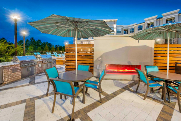 grill area/fire pit at View at Woodstock Apartments