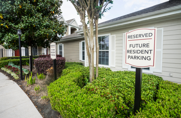 clubhouse parking at Northchase Village Apartments
