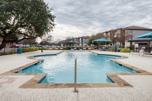 pool at Laurel Canyon Apartments