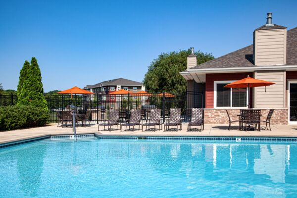 pool at Avana Addison Apartments