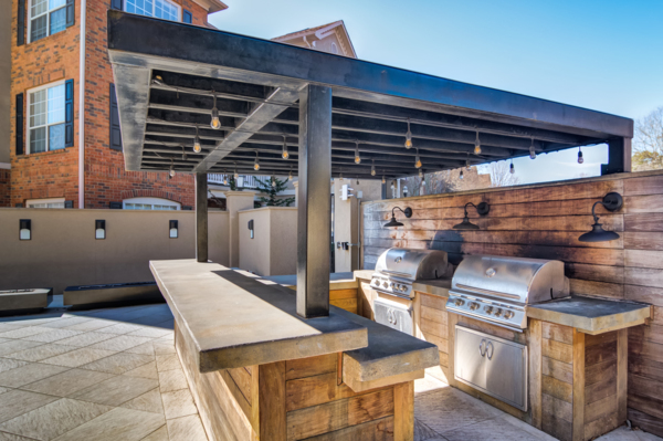 grill area at Avana Cheshire Bridge Apartments
