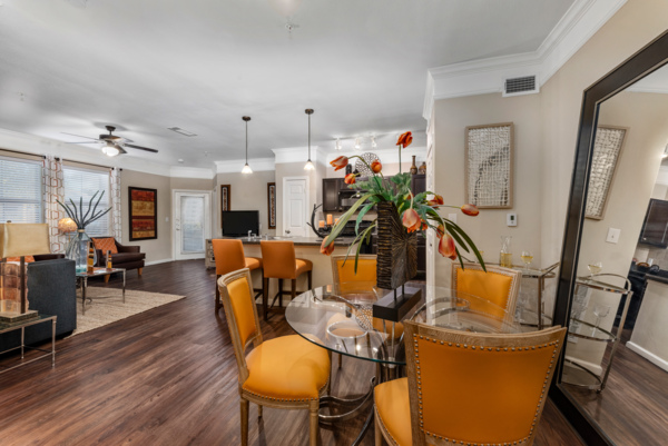 dining area at Grand Villas at Tuscan Lakes Apartments