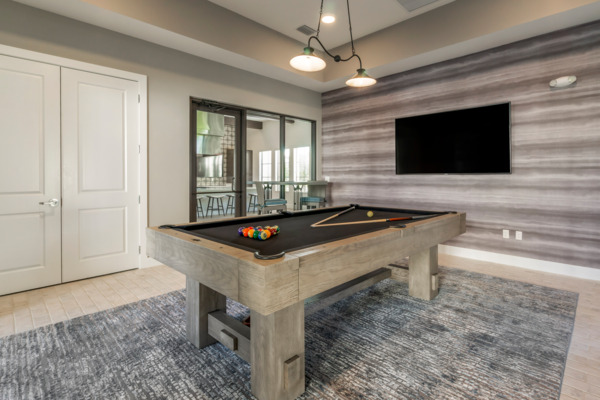 game room at Lago Apartments