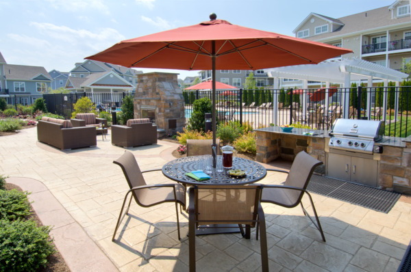 grill area at The Preserve at Cohasset Apartments