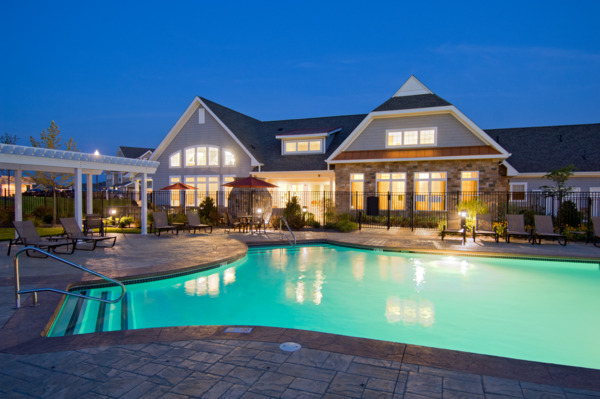 pool at The Preserve at Cohasset Apartments