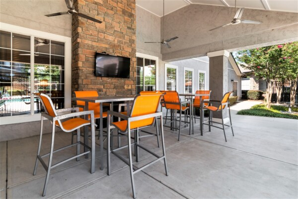 patio at Centerview at Crossroads Apartments