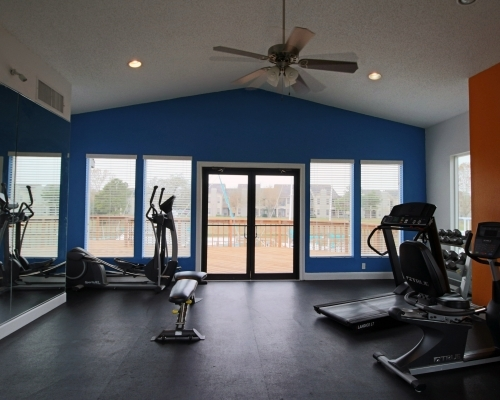 fitness center at CP Waterfront Apartments