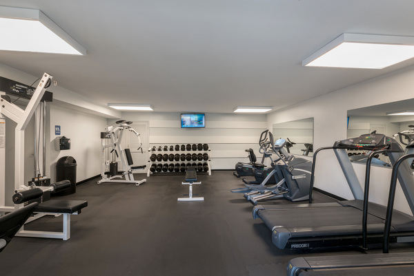 fitness center at Rollingwood Apartments