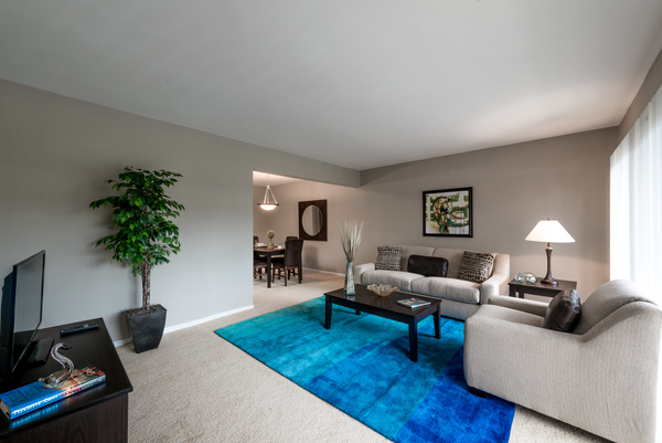 living room at Rollingwood Apartments