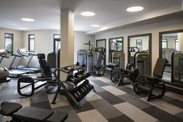 fitness room at Loft House Apartments