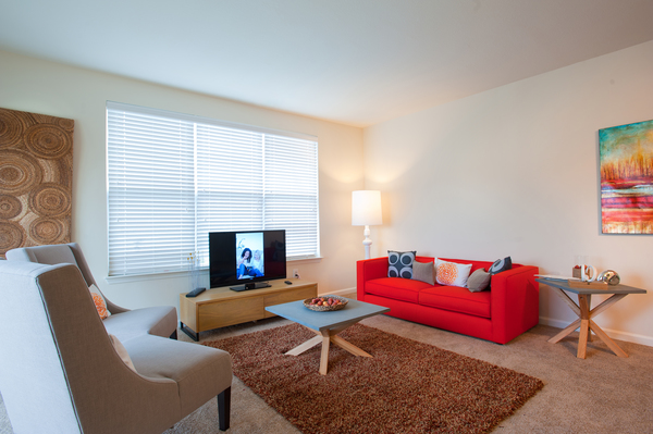living room at Groveton Green Apartments