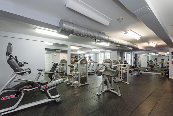 fitness center at Courtyard at Jefferson Apartments