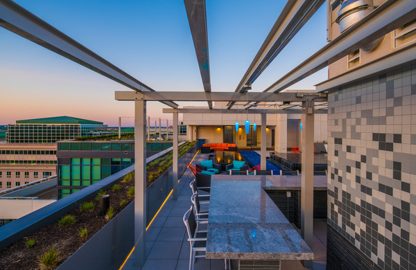 rooftop patio at Latitude Apartments