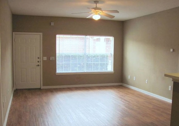 living room at Braunfels Place Apartments