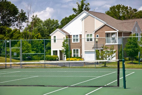 tennis court at Burrough's Mill Apartments