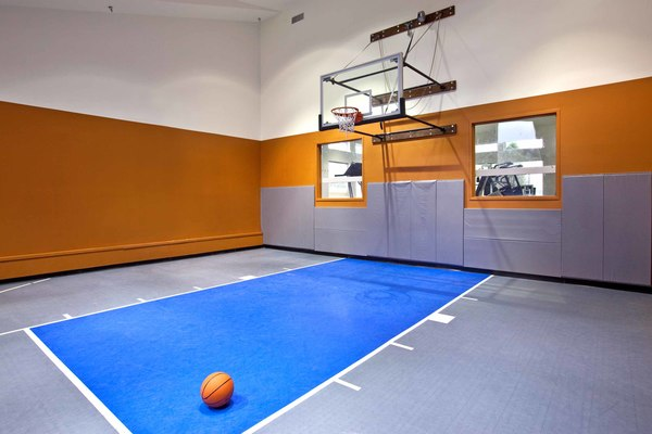 basketball court at Burrough's Mill Apartments