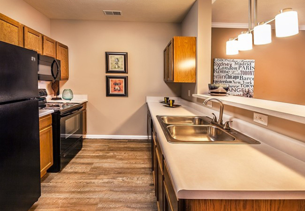 kitchen at Summit Pointe Apartments