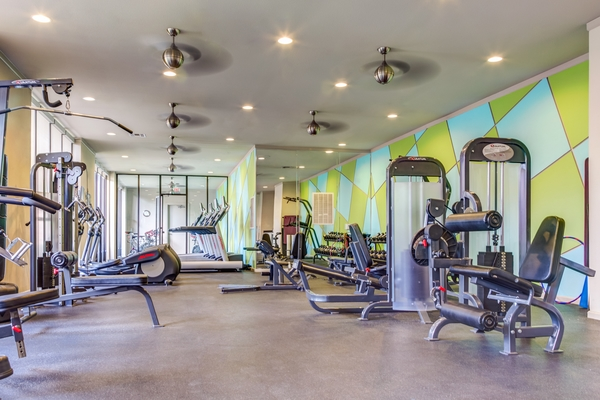 fitness center at Upper Kirby Apartments
