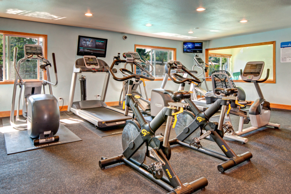 fitness center Central Park East Apartments
