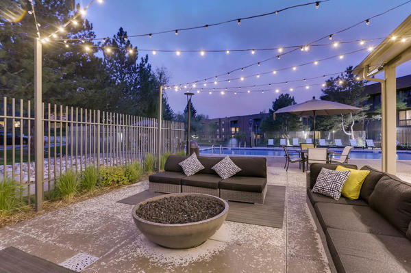fire pit at Alta Springs Apartments
