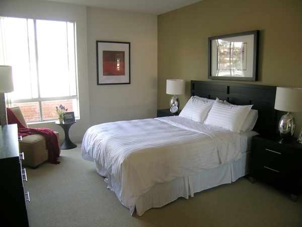 bedroom at Towers at Hollywood Hills Apartments