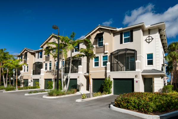 exterior at The Quaye at Palm Beach Gardens Apartments