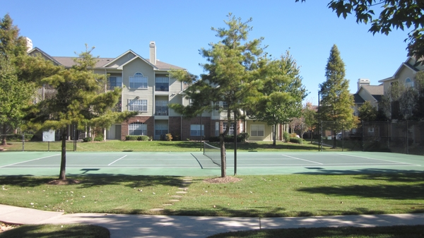 sport court at Gates at Citiplace Apartments