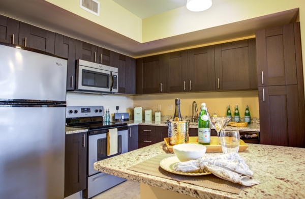 kitchen at One Plantation Apartments