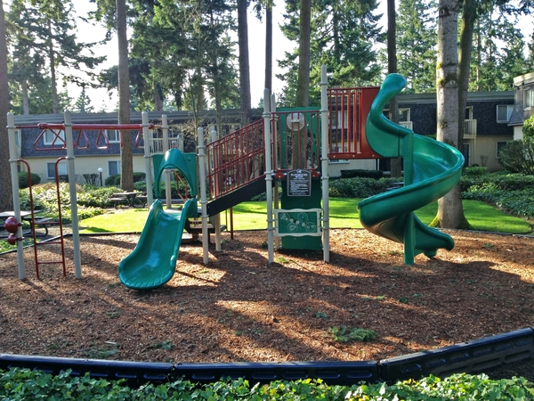 playground at Woodside East Apartments