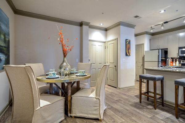 dining room at Avana Uptown Apartments