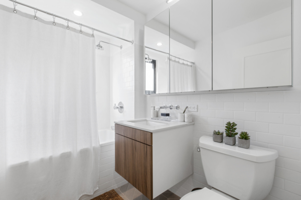 bathroom at The Chelsea Apartments