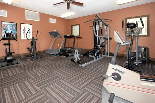 fitness center at Hayden Park Apartments
