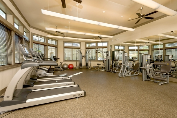 Fitness center at Valencia Place Apartments