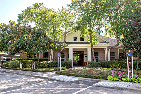 exterior at Magnolia Creek Apartments