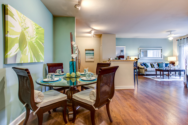 dining room at Town Center at Lakeside Village Apartments