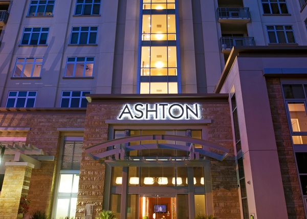 exterior at Ashton San Francisco Apartments