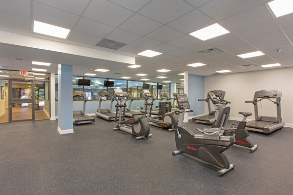 fitness center at Bourbon Square Apartments
