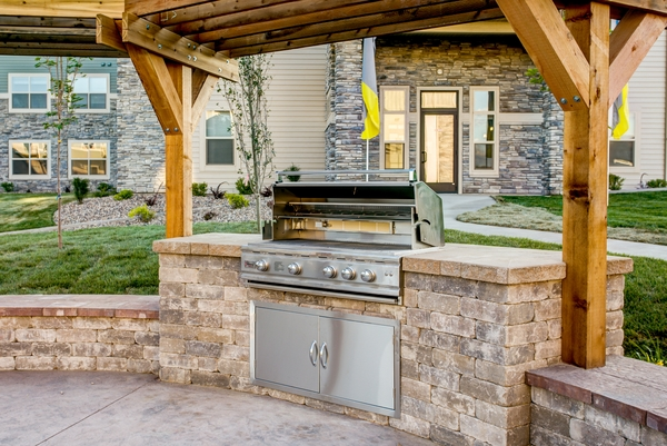 grill area at Fair Hills Apartments