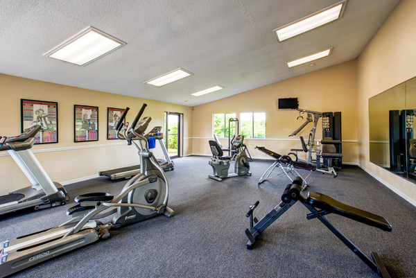 fitness center at Lakeshore at Altamonte Springs Apartments