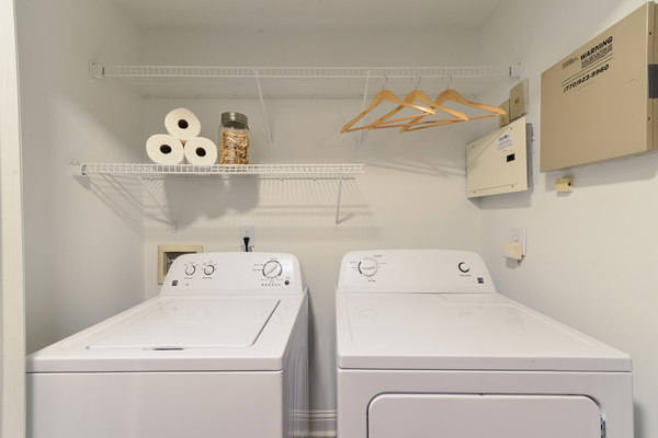 washer and dryer at Avana Lenox Apartments