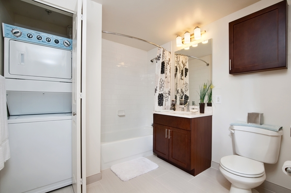 bathroom at Chancery Square Apartments