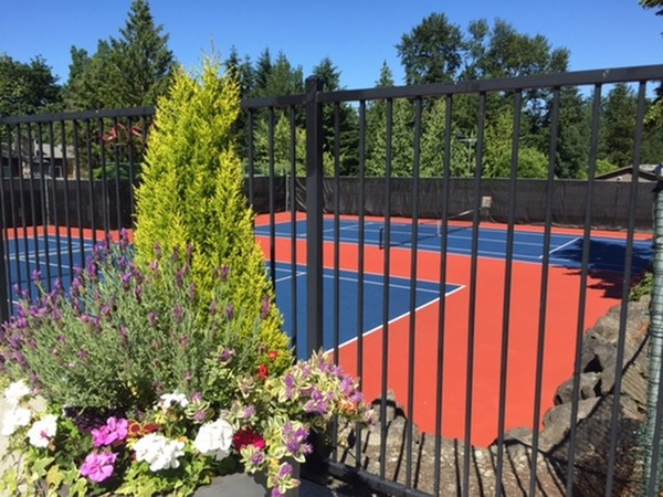 courts at Onyx Apartments